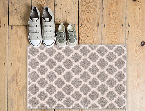 tinsley-trellis-light-grey-ivory-moroccan-lattice-modern-geometric-pattern-20-x-31-area-rug-soft-doo