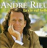 Music : Vie Est Belle