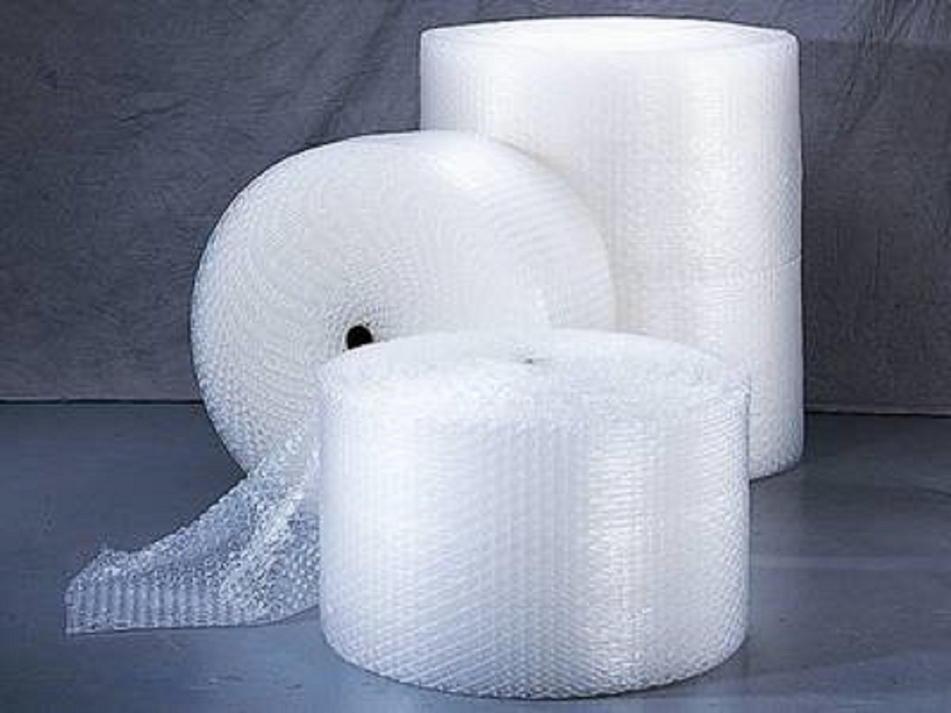 YensPackage Small Bubble Cushioning Wrap 350 ft 3/16'', 2 rolls per pack x 175 each, Total of 350
