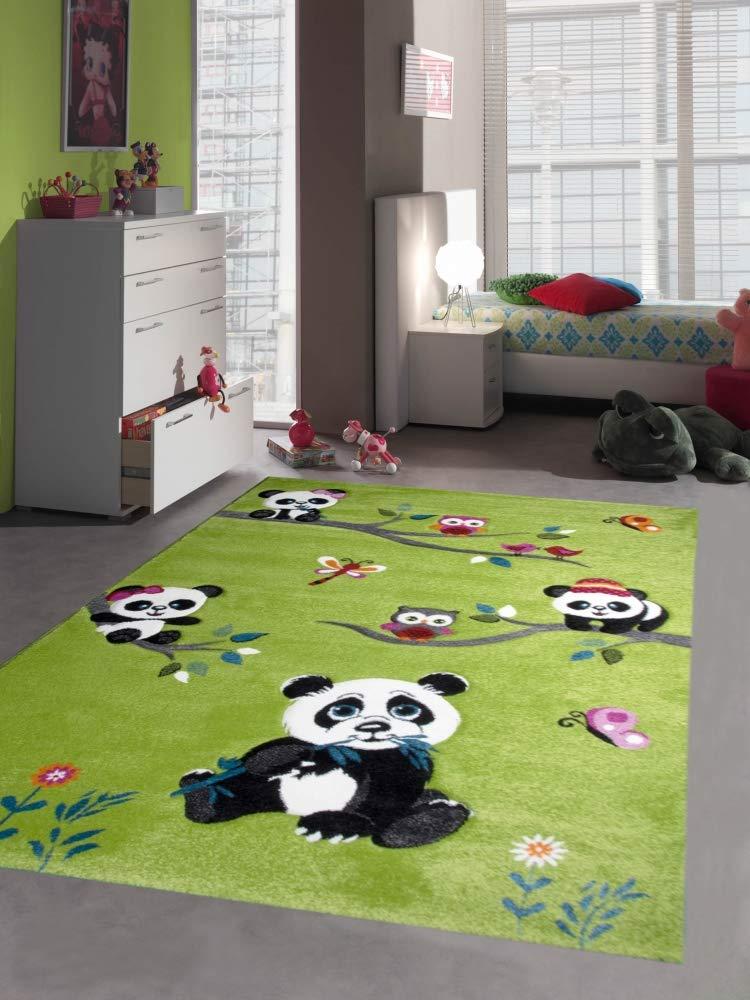 Traum Kinderteppich Spielteppich Kinderzimmerteppich Panda mit Eulen Schmetterlinge und Vögeln in Grün, Größe 200x290 cm