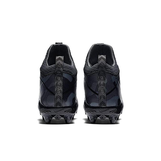 sports shoes 500df 75372 Amazon.com   Nike Men s Alpha Field General Elite Camo Football Cleat    Soccer