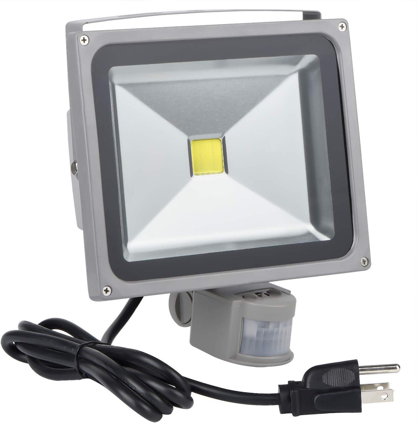 10W LED Flood Light Outdoor Spotlight PIR Motion Sensor Cool White Security Lamp