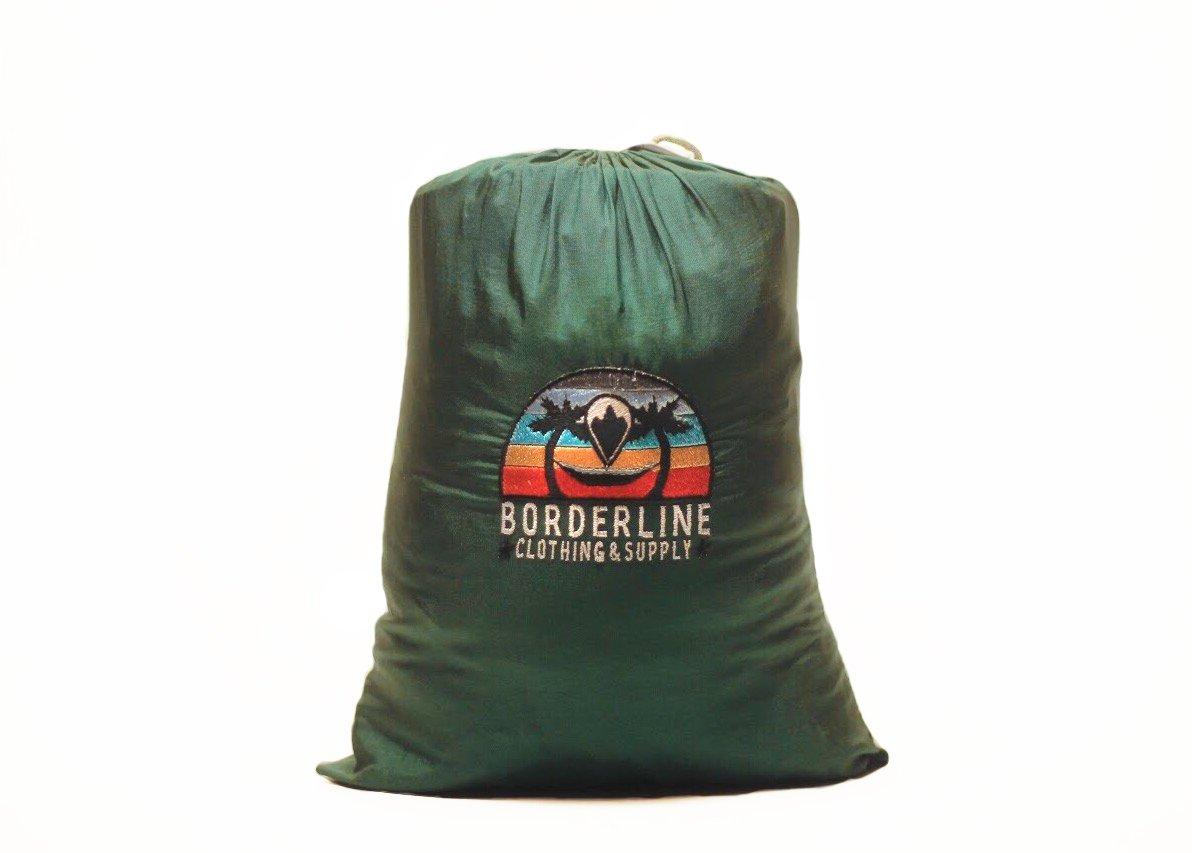 プレミアムダブルキャンピングハンモックーMilitary Gradeパラシュートナイロンwith Mosquito Net、ヘビーデューティストラップとSoaked in特許取得の天然防虫剤by Borderline Clothing & Supply B077R743K9