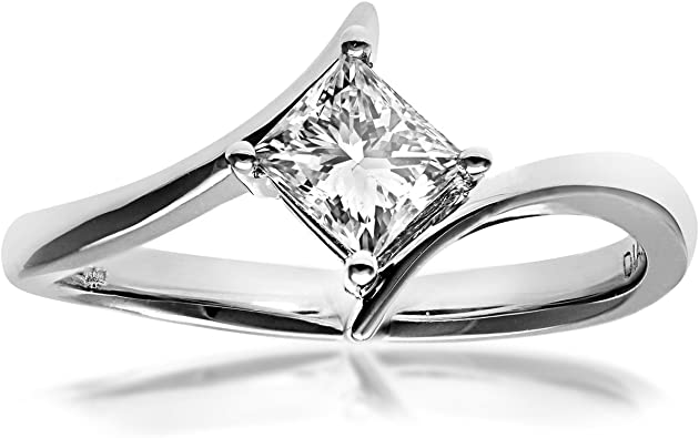 18CT WHITE GOLD DIAMOND SOLITAIRE LOOK RING sizes available J,K,M,N,O,P
