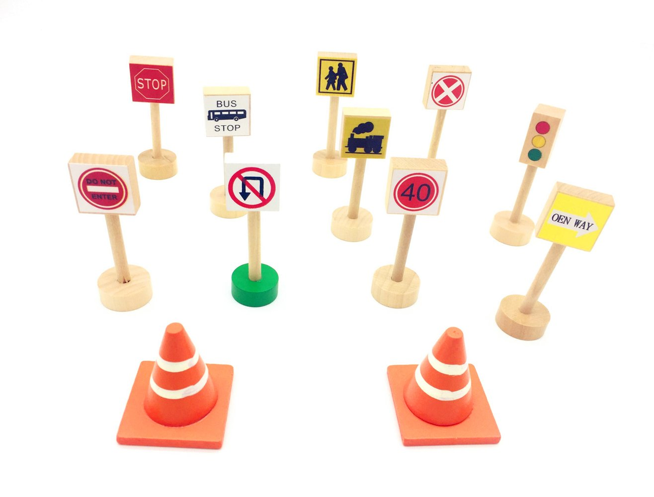Guaishou Kids Wooden Street Road Signs Light Wood Traffic Sign Perfect for Car Train Deluxe play set of 12pcs