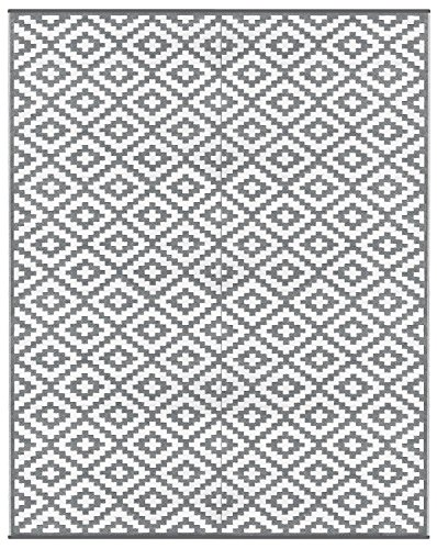 Lightweight Outdoor Reversible Plastic Nirvana Rug (8ft x10 ft, Grey / White) by Green Decore
