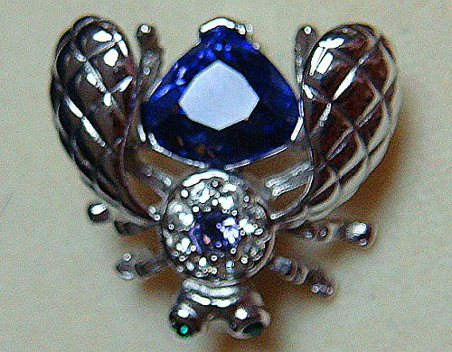 Joan Rivers QVC Silver Tone and Larger Faceted Purple/Blue Tanzanite with Smaller Surrounded with Rhinestones BEE Brooch Pin-New Old ()