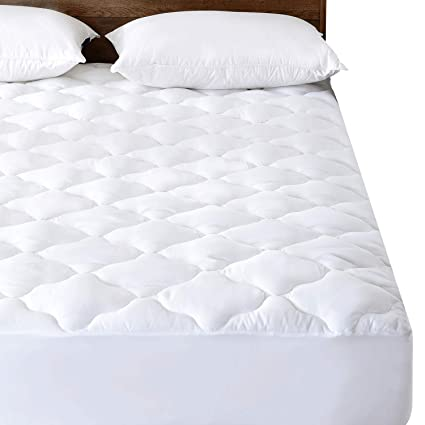 Amazon Com Basic Beyond Quilted Waterproof Mattress Pad Protector