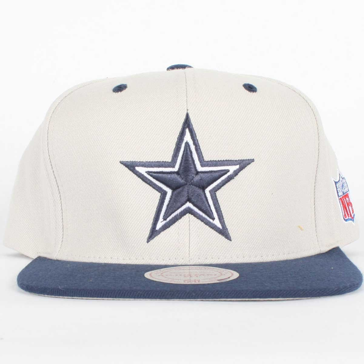 1da02b8d6dd Amazon.com   NFL Mitchell   Ness Dallas Cowboys Gray-Navy Blue Two-Tone  Vintage Snapback Adjustable Hat   Sports Fan Baseball Caps   Sports    Outdoors