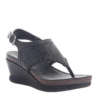84ba6a2d5 Amazon.com: OTBT Women's Meditate Wedge Sandals: Shoes