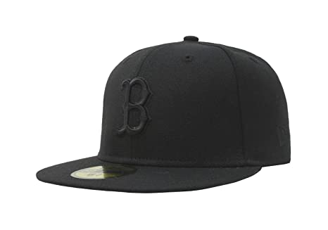 3ce746502a9 Amazon.com   VFs 9Fifty Boston Red Sox Black on Black Fitted MLB ...