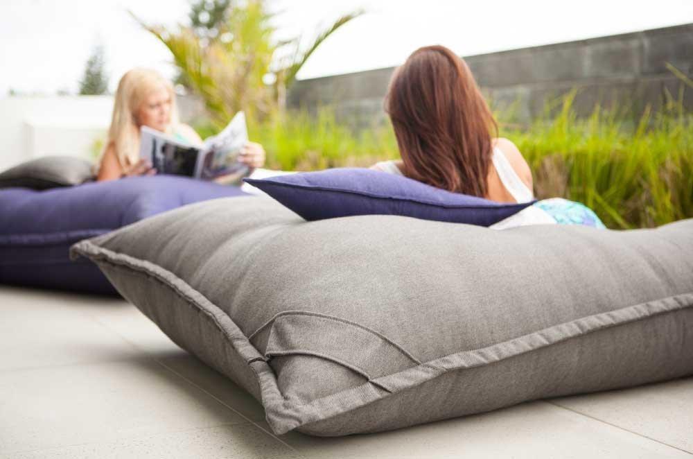 De Lux - 12'' x 20'' Oblong Cushion Premium Loft Angel Cluster Fiber Blend - Top Hotel Quality Pillow Form Insert Cotton Covered - Machine Washable