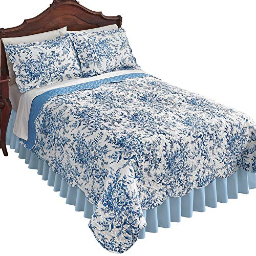 Leafy Floral Garden Reversible Quilt - Country Cottage Chic Design, Blue, Full/Queen