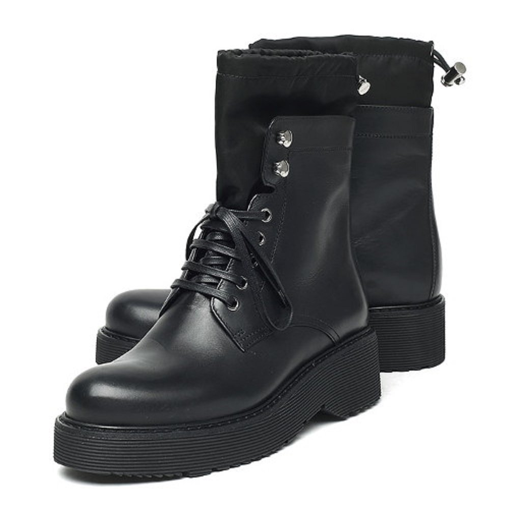 the best attitude b07a3 3b065 Amazon.com | Prada Calzature Donna Nero Soft Calf Ankle ...