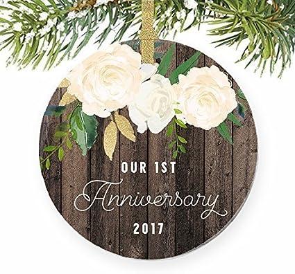 ymot101 - Adornos rústicos para el Primer año de Navidad Casados recién Casados, Bodas, matrimonios, Parejas, para Bodas, Aniversarios, Navidad, árbol de Navidad