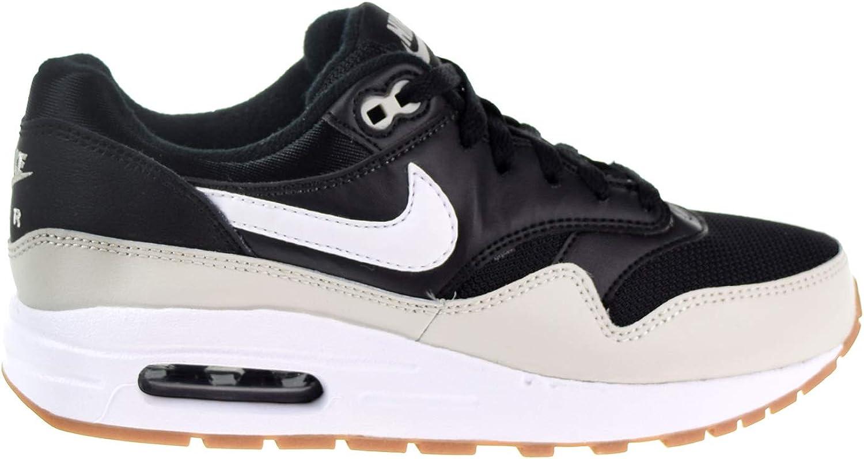 air max 1 black white gum