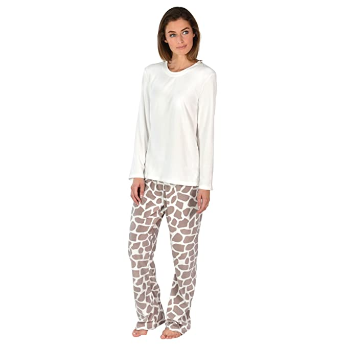 d3cbaec910 Ladies Fleece Pyjama Set PJs Top   Bottoms Nightwear - Giraffe XS UK 6-8