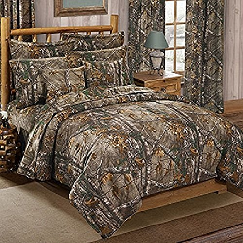 Realtree XTRA Camo 4 Pc QUEEN Size Comforter Bedding Set & Matching Shower Curtain - Includes: (1 Queen Comforter & 2 Pillow Shams, 1 Square Pillow, 1 Shower Curtain) - Camouflage Bedding Bedroom