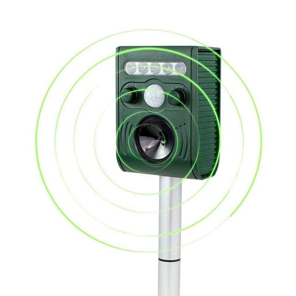 Yard Sentinel RC Ultrasonic Animal Pest Repeller with Motion Detector, 4 Key Remote, Strobe & Sonic Predator Sound (UK Plug) Aspectek HR132