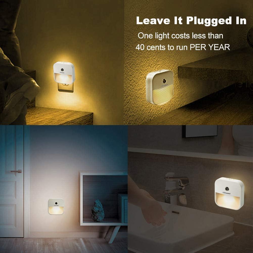 Bathroom Kitchen Alitamei LED Night Light Smart Dusk-to-Dawn Sensor Plug-in Night Lights Suitable for Bedroom 1 Pack Hallway,Toilet,Warm White