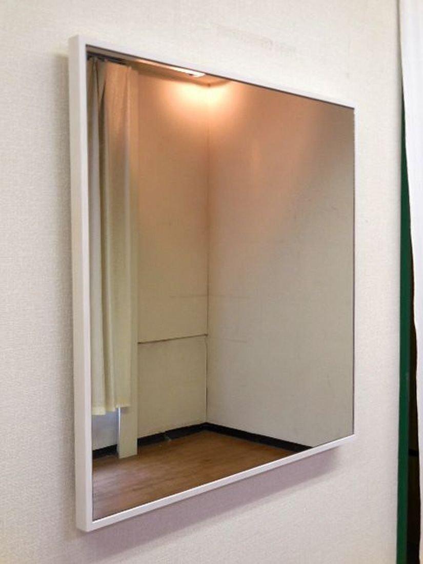 正方形 W60x60 ASH WH 日本製 細枠 壁掛け ミラー 幅 60cm 奥行 2.3cm 高さ 60cm 鏡 面 飛散防止加工 正方 壁掛 スリム フレーム タイプ 【 木枠 木製フレーム 鏡 姿見 壁掛け 壁掛け鏡 壁掛けミラー 壁掛けかがみ 壁掛けカガミ 壁掛鏡 壁掛ミラー 壁掛かがみ 壁掛カガミ 四角 吊りミラー 四角形 吊り鏡 吊りかがみ 吊りカガミ 吊りミラー 吊り鏡 吊かがみ 吊カガミ 玄関鏡 洗面所 吊り鏡 吊り掛けミラー 吊り掛け鏡 吊掛けミラー 吊掛け鏡 吊り下げミラー 吊り下げ鏡 吊下げミラー 吊下げ鏡 かがみ カガミ 壁鏡 壁かがみ 壁ミラー 吊りかがみ 吊りカガミ 掛けかがみ 掛けカガミ 吊り下げ つり下げ ウォール鏡 壁面鏡 壁面ミラー 】 B00SKJMLSC