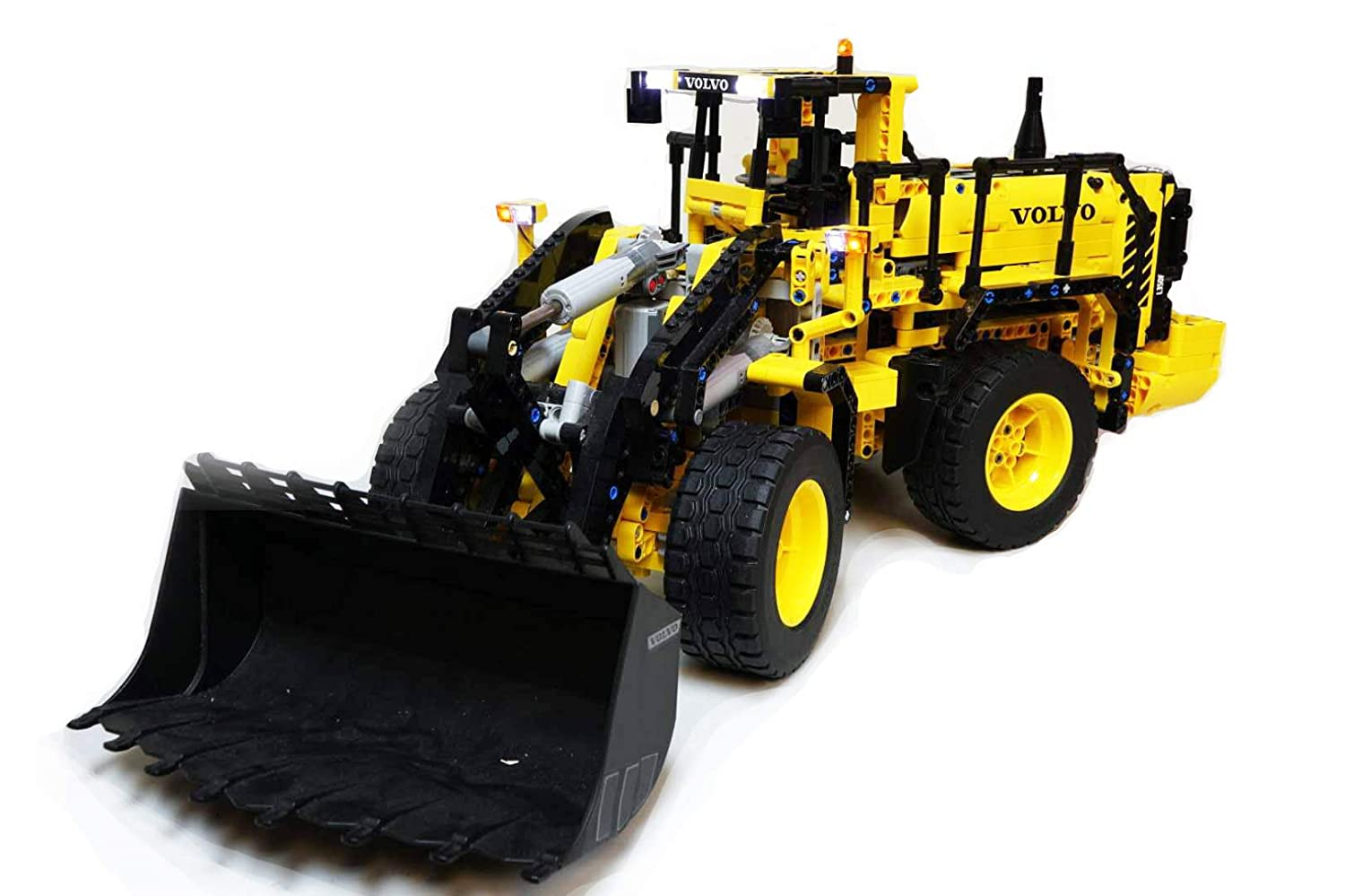 Goede Amazon.com: Brick Loot Lighting kit for Your Lego Technic Volvo GT-69