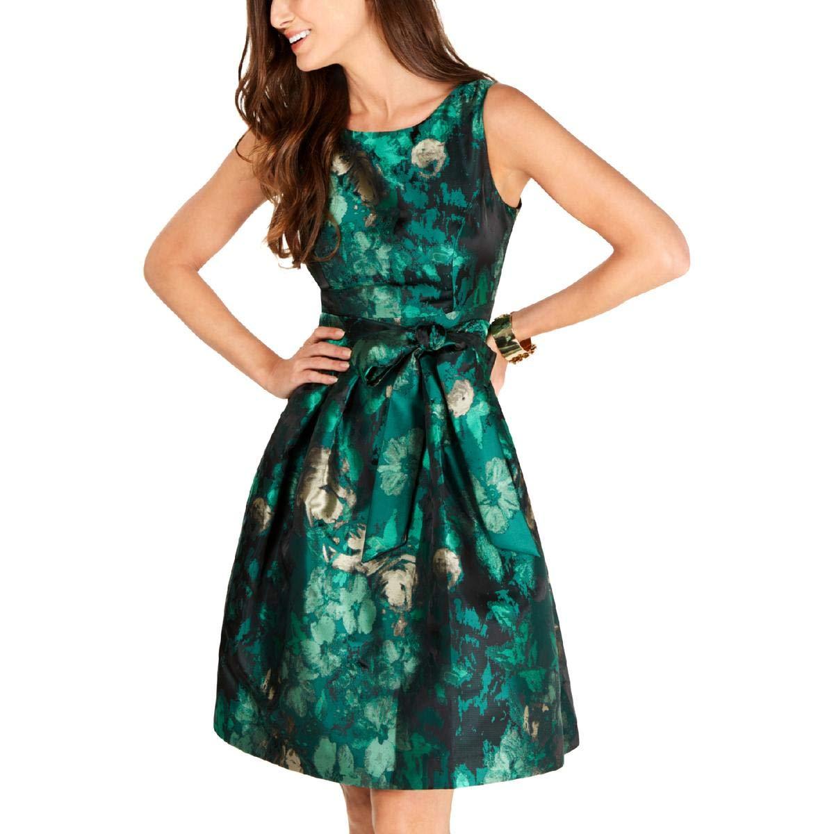 Details about  /Jessica Howard Women/'s Petite Metallic Floral-Print Dress