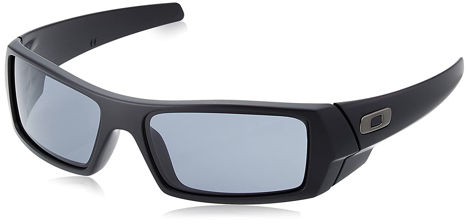fef5c98450 Amazon.com  Oakley Men s Gascan Rectangular Sunglasses