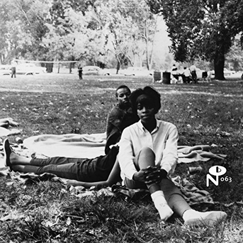 ECCENTRIC-SOUL-SITTING-IN-THE-PARK