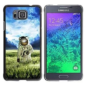 Qstar Arte & diseño plástico duro Fundas Cover Cubre Hard Case Cover para Samsung GALAXY ALPHA G850 ( Astronaut Cosmonaut Spacesuit Alien Planet)