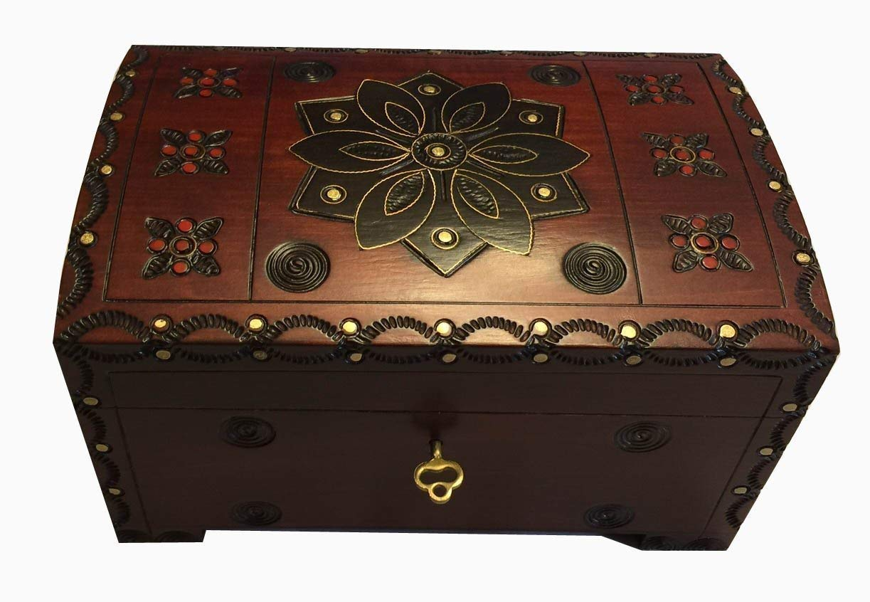 Large Flower and Holly Wood Jewelry Chest with Lock and Key Keepsake Box Enchanted World of Boxes 73MC65