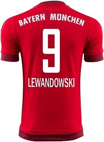 Lewandowski included in Bayern squad for Champions League