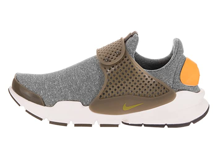 the best attitude 16a3e cd4d4 Amazon.com   Nike Womens Sock Dart Fabric Low Top Lace Up Running Sneaker    Road Running