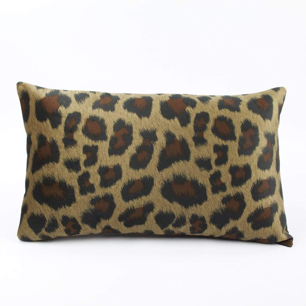 Chloe & Olive Walk on the Wild Side Luxe Faux Fur Leopard Collection Lumbar Decorative Pillow Cover