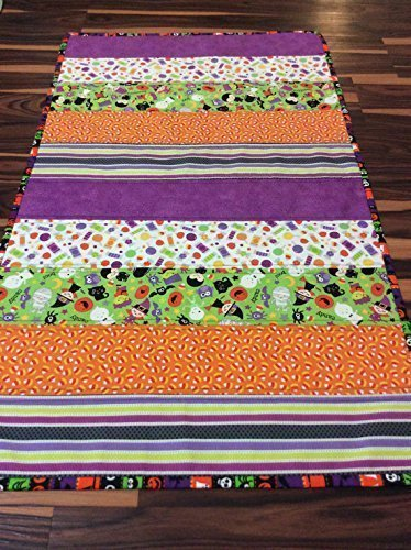 (Halloween Quilted Table Runner Spooky Novelty Theme Fabric Table Topper Quilted Handmade Homemade)