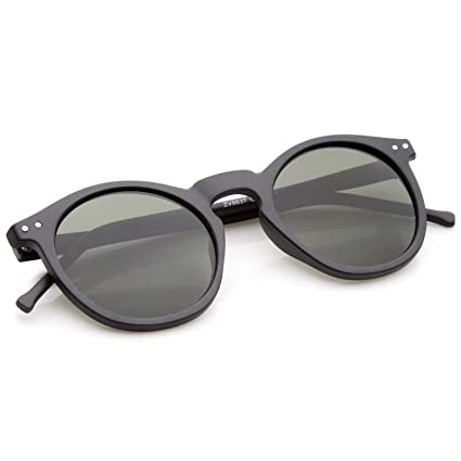 9bf0718c35 Amazon.com  Retro Horn Rimmed Keyhole Nose Bridge P3 Round Sunglasses 49mm  (Matte Black Green)  Clothing