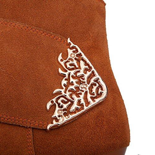AllhqFashion Mujeres Puntera Redonda Tacón ancho Caña Baja Tachonado Botas con Ornamento Metal Marrón