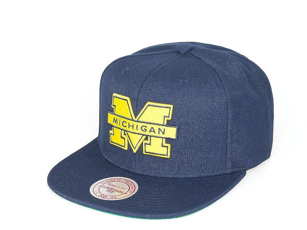 Mitchell & Ness Michigan Wolverines Solid Team Navy Snapback ...