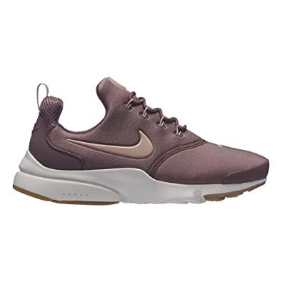 6cb325904e4c5 Amazon.com | Nike Women's Presto Fly Low-Top Sneakers | Road Running