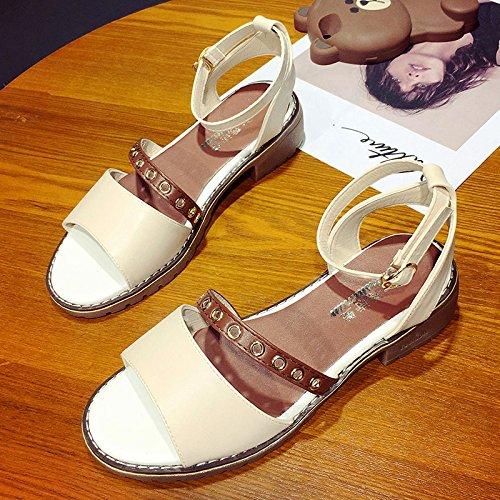 RUGAI-UE Sandalias de verano para estudiantes boca gruesa hebilla simples zapatos de mujer Beige