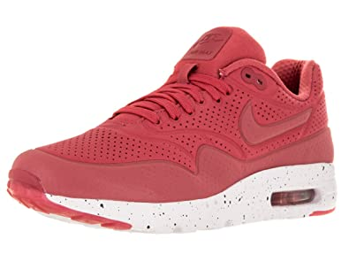 wholesale dealer eca83 19f00 Nike Men s Air Max 1 Ultra Moire Terra Red Terra Red White Running Shoe