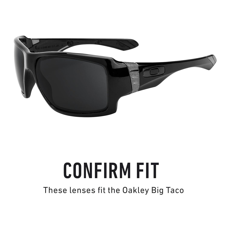 8fe7ce7037 Amazon.com  Revant Polarized Replacement Lenses for Oakley Big Taco Elite  Black Chrome MirrorShield  Sports   Outdoors