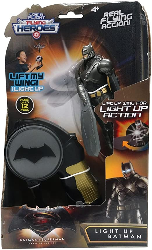 Bandai 52557 Armadura con luz Flying Heroes Batman