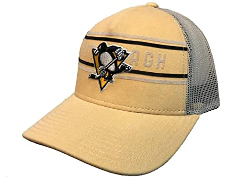 8b98dccb679 Image Unavailable. Image not available for. Color  adidas Pittsburgh  Penguins Yellow CCM Vintage Mesh Structured Snapback Hat Cap