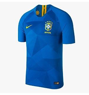 bb3e9128977a Amazon.com   Nike 2016-2017 France Away Football Shirt (Kids) (YXS ...