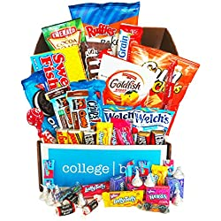 Classic Snacks Care Package (30 Count) - Chips, Cookies, Candy Assortment Bundle Gift Pack and Variety Box - CollegeBox - Valentine's Day Gift