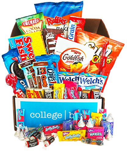 classic-snacks-care-package-30-count-chips-cookies-candy-assortment-bundle-gift-pack-and-variety-box