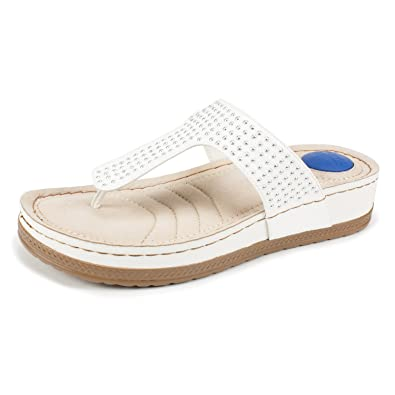 Cliffs by White Mountain Chelsea Thong Sandal (Women's) xZhTGaAsiN