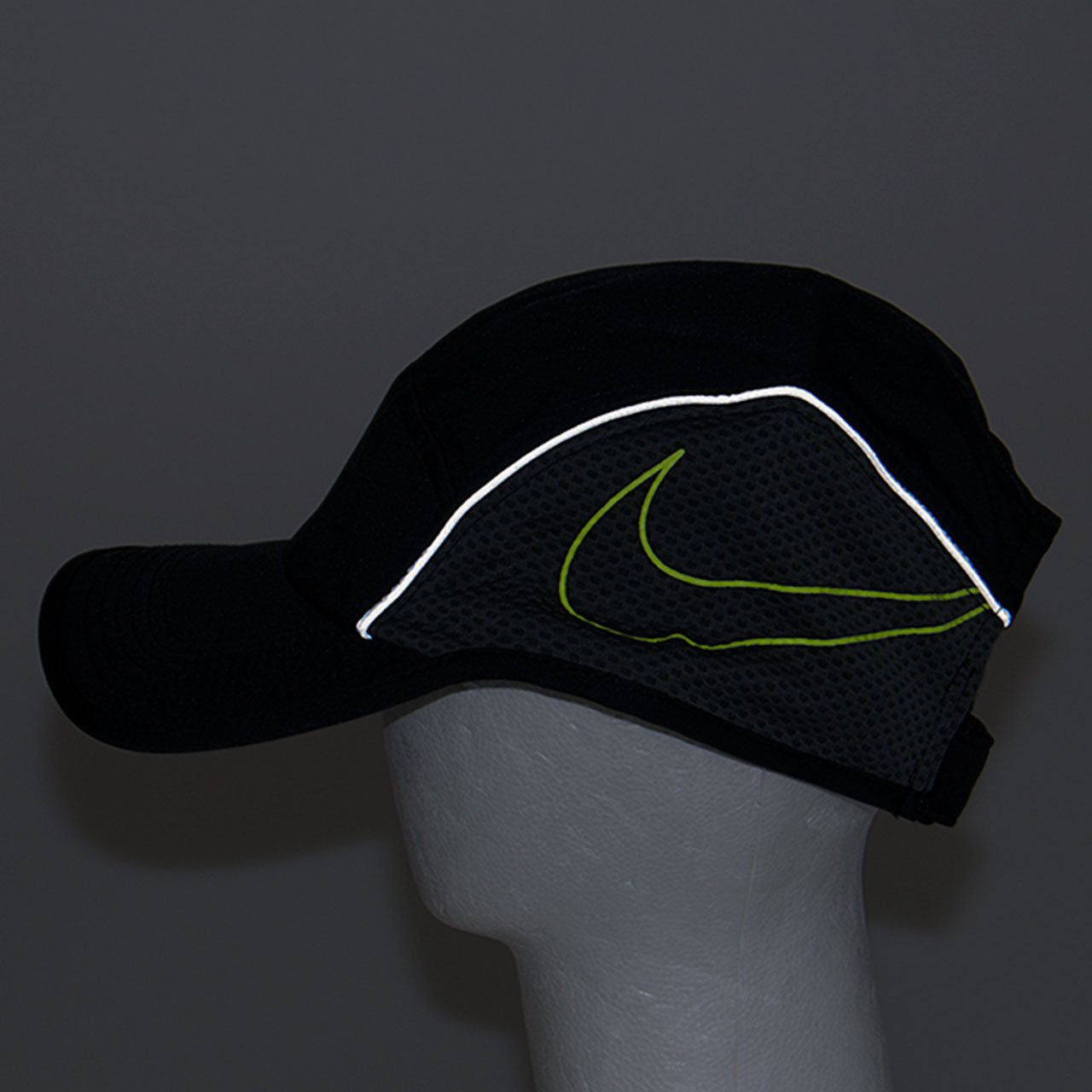 Nike AeroBill AW84 Running Cap Black Anthracite Volt Adult One Size   Amazon.ca  Jewelry 76a98377ed65