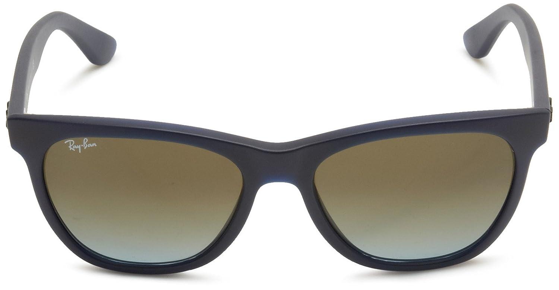 e8d421bedbb Amazon.com  Ray-Ban RB4184 - MATTE BEIGE Frame BROWN GRADIENT Lenses 54mm  Non-Polarized  Clothing